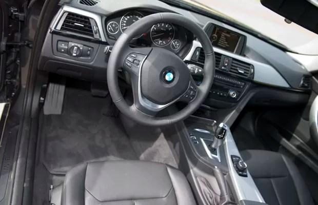 Interior é espartano, mas privilegia ergonomia e conforto (Foto: Miguel Costa Jr./Divulgação)