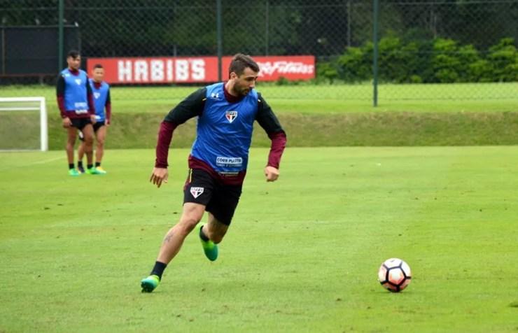Lucas Pratto não faz gols desde o jogo contra o Vitória (Foto: Érico Leonan / saopaulofc.net)