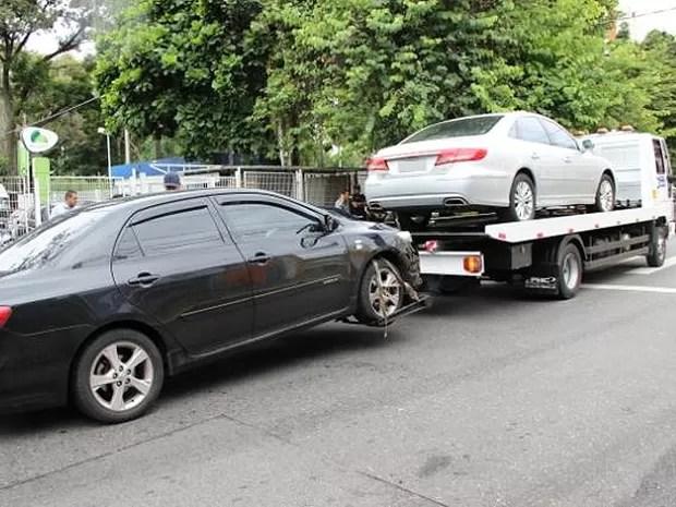 Emdec apreende os primeiros carros do Uber em operação em Campinas (Foto: Divulgação / Emdec)