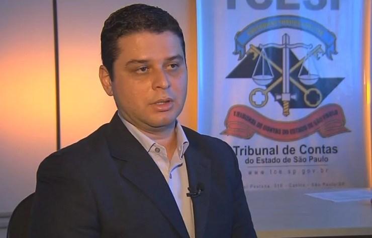 Agnon de Lima, do TCE, diz que crise tem feito prefeituras negligenciar pagamentos para as suas previdências municipais (Foto: Reprodução / TV TEM)