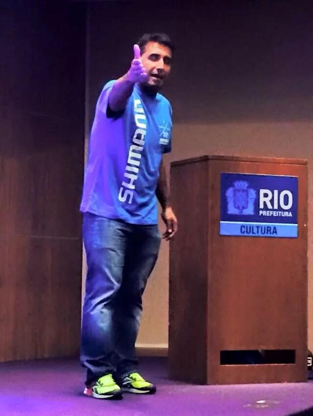 Clarindo no lançamento do filme Desafio Rio x SP no Rio