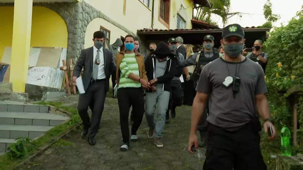 Filhos de Flordelis são presos por suspeita no envolvimento na morte do pastor Anderson do Carmo — Foto: Reprodução / TV Globo