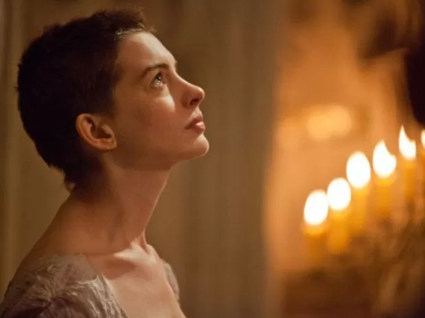 Anne Hathaway em cena de 'Os miseráveis' (Foto: Reprodução)