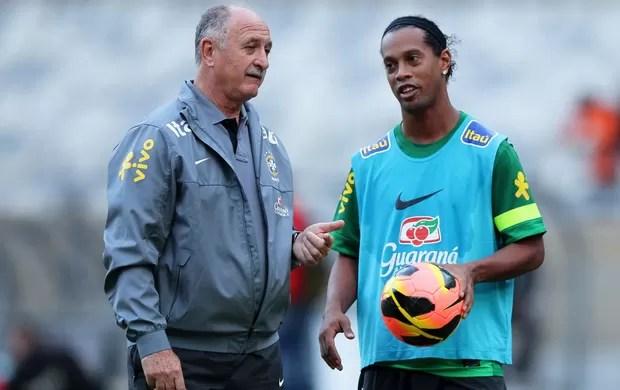 Scolari Felipão Ronaldinho_Seleção treino (Foto: Wagner Carmo / VIPCOMM)