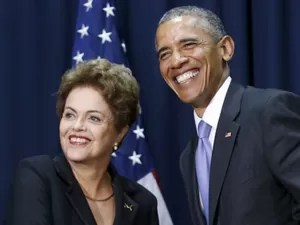 FOTO HOME - O presidente Barack Obama e a presidente Dilma Rousseff durante encontro na Cúpula das Américas, na Cidade do Panamá (Foto: Jonathan Ernst/Reuters)