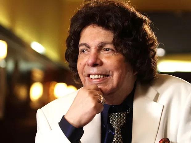 Cantor Cauby Peixoto morre aos 85 anos em São Paulo