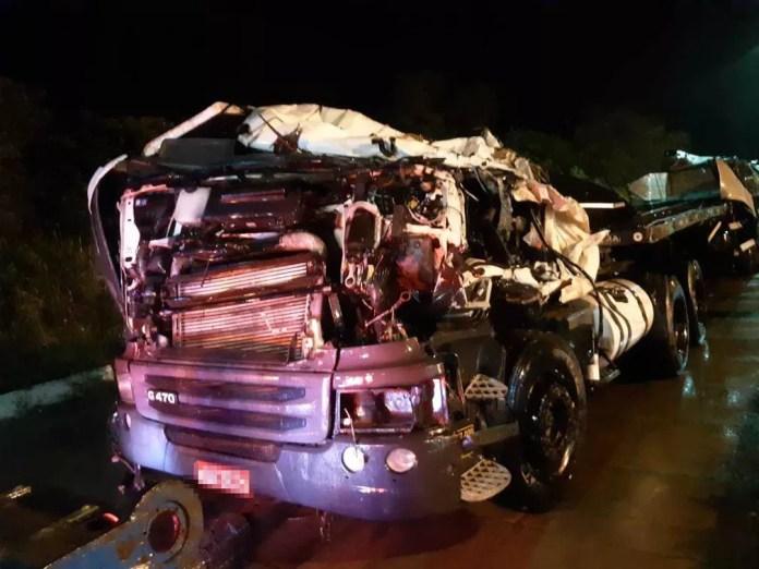 As vítimas morrem no local. Corpos foram encaminhados para o Departamento de Polícia Técnica (DPT). — Foto: Polícia Rodoviária Federal (PRF) / Divulgação