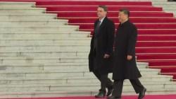 'Aquilo são atos terroristas', diz Bolsonaro sobre protestos no Chile   Política