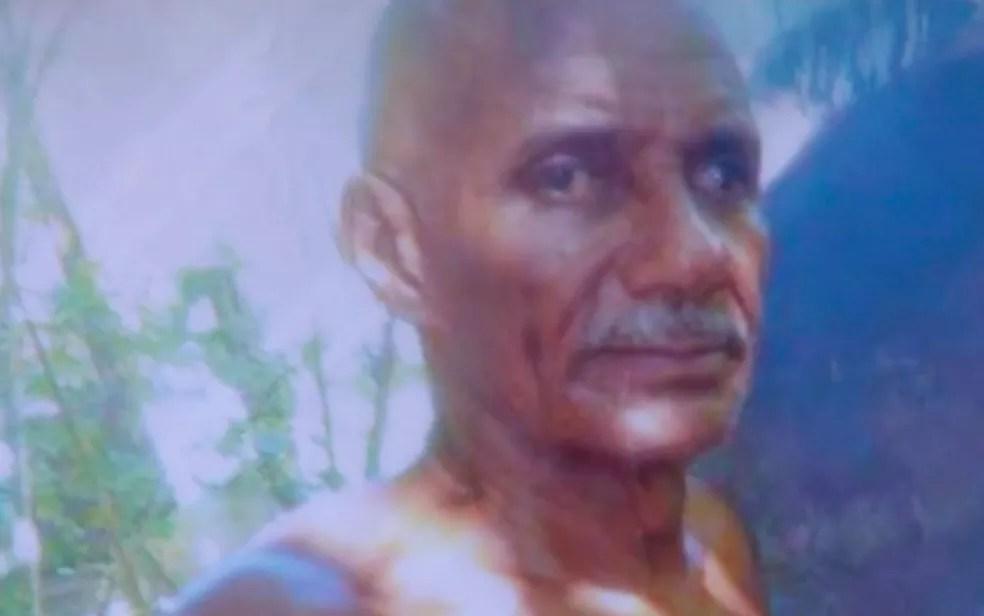 Salvador Souza Santos, de 68 anos, foi encontrado três dias após o naufrágio (Foto: Reprodução / TV Bahia)