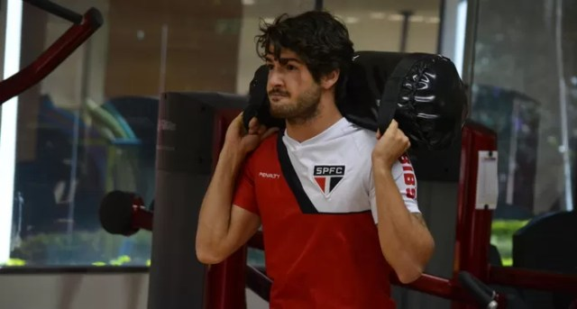Alexandre Pato treino São Paulo (Foto: Divulgação/ saopaulofc.net)