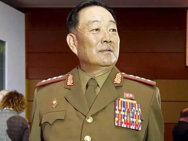 O ministro da Defesa da coreia do Norte, Hyon Yong Chol. (Foto: Sergei Karpukhin / Reuters)