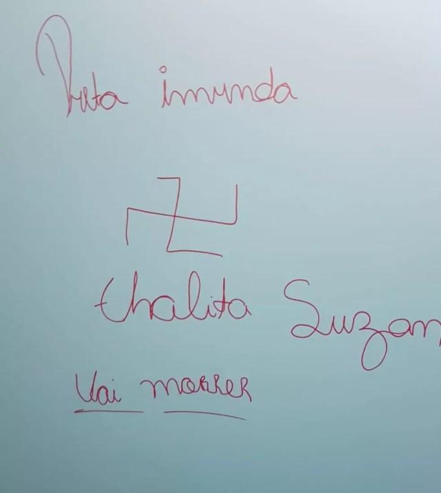 Fotos foram tiradas dentro do banheiro da faculdade em Sorocaba — Foto: Arquivo pessoal