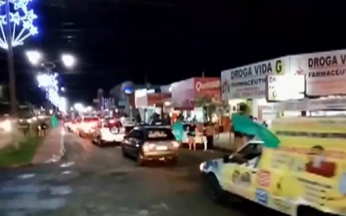 Carreata antecipada do candidato Marcio Luis em Porangatu, Goiás  — Foto: Reprodução/TV Anhanguera