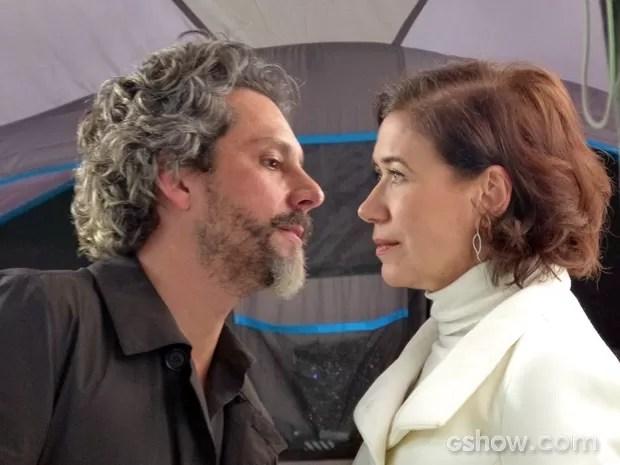 José Alfredo não tentar uma reconciliação com a esposa  (Foto: Pedro Curi/TV Globo)