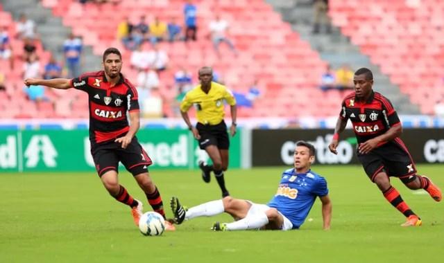 Wallace, Amaral e Henrique Cruzeiro x Flamengo (Foto: Cristiane Mattos/Futura Press)