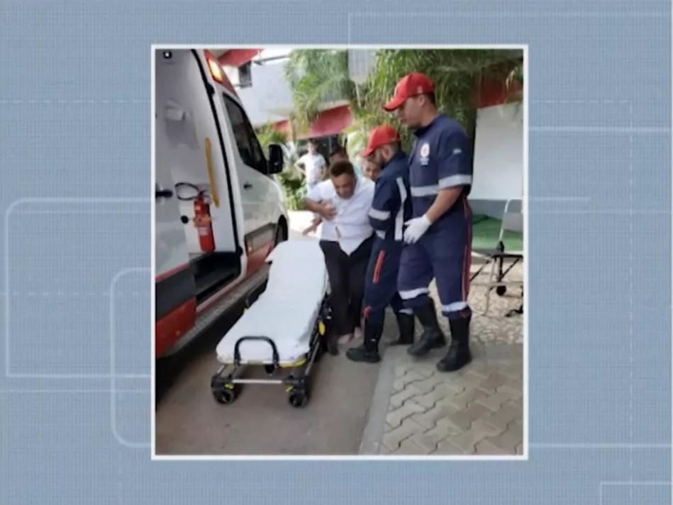 Agnaldo Timóteo passou mal na Bahia e precisou ser internado. — Foto: Reprodução/TV Oeste