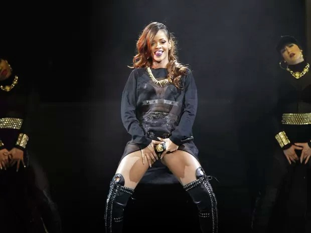Rihanna em show em Los Angeles, nos Estados Unidos (Foto: Mario Anzuoni/ Reuters)
