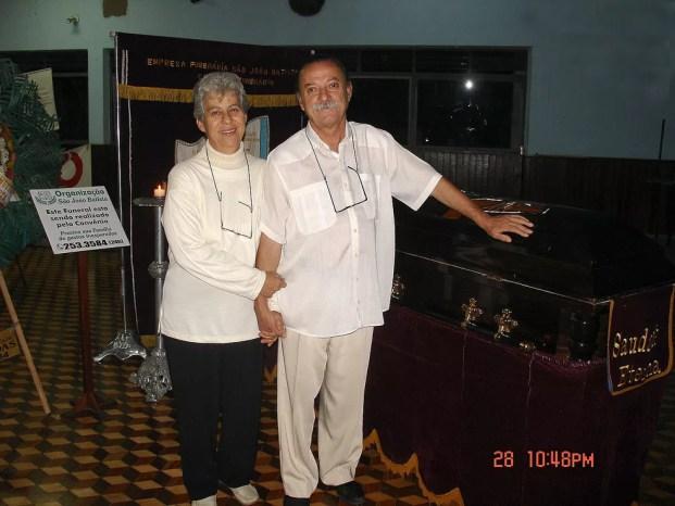 Ruy e a esposa na festa de velório realizada em 2005 (Foto: Arquivo Pessoal/Revista na Mira do Zoom)