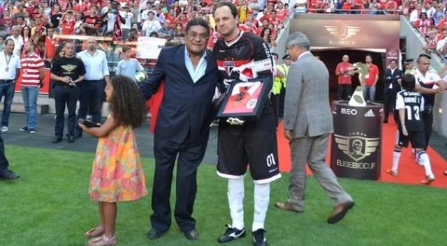 Eusébio e Rogério Ceni na Copa Eusébio (Foto: Divulgação/saopaulofc.net)