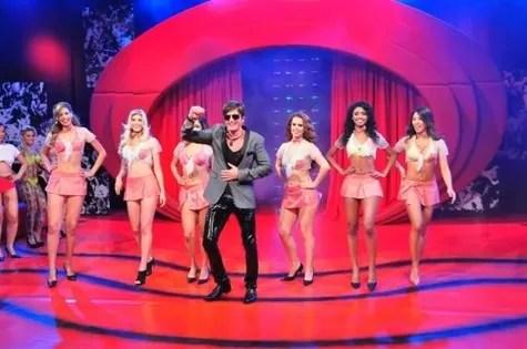 """Dr. Rey no programa """"Sexo a 3"""", da RedeTV! (Foto: Divulgação)"""