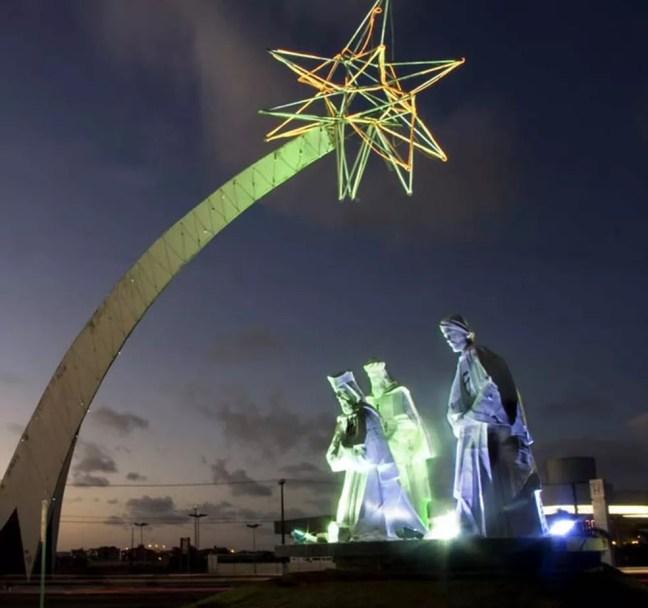 Monumento na estrada de Natal em homenagem aos três Reis Magos  — Foto: Canindé Soares
