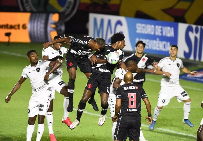 Vasco x Botafogo - Copa do Brasil — Foto: André Durão/ge