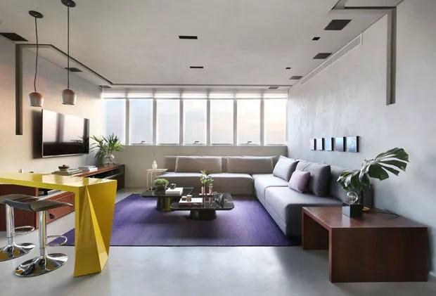 Apartamento contemporneo para jovem solteiro de So Paulo  Casa Vogue  Apartamentos