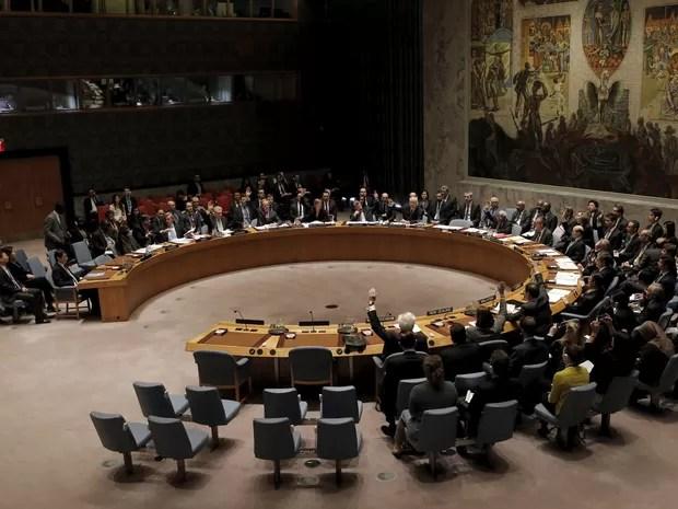 Membros do Conselho da ONU aprovaram por unanimidade a resolução (Foto: Brendan McDermid/Reuters)