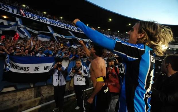 grêmio inter gre-nal 2009 maxi lopez tcheco adeus, olímpico (Foto: Diego Vara/Agência RBS)