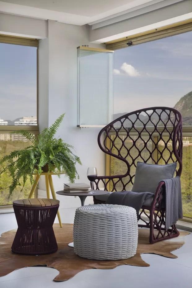 Apartamento projetado para receber tem adega varanda gourmet e vista privilegiada  Casa e Jardim  Decorao