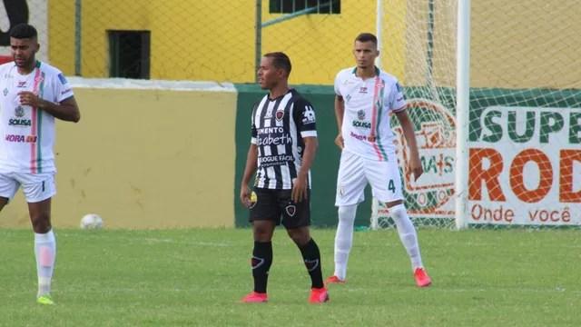 Marcos Aurélio anotou o único gol da partida