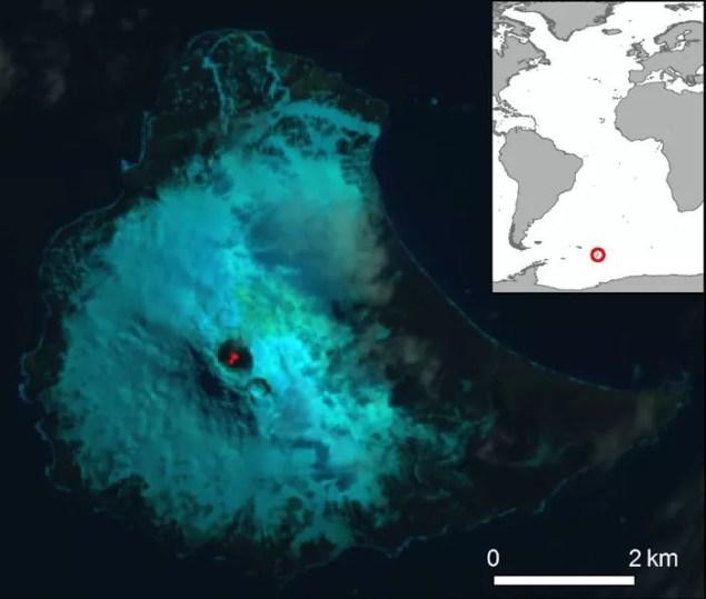 Lago de lava observado por imagens de satélite (Foto: Divulgação)