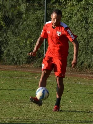 Luis Fabiano São Paulo (Foto: Site oficial do SPFC)