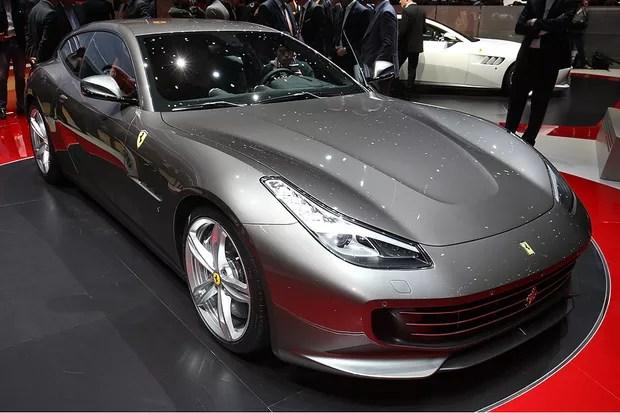 Ferrari GTC4 Lusso (Foto: Newspress)