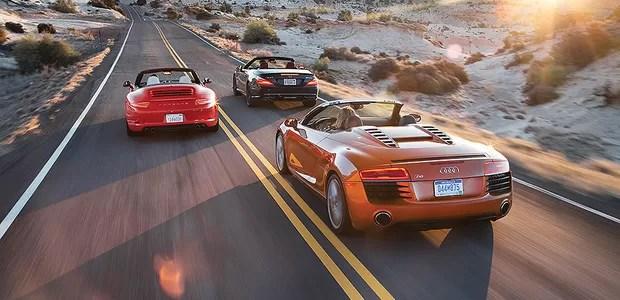 Audi R8 V8 Spyder, Mercedes-Benz SL63 AMG e Porsche 911 Carrera S Cabriolet (Foto: Motor Trend)