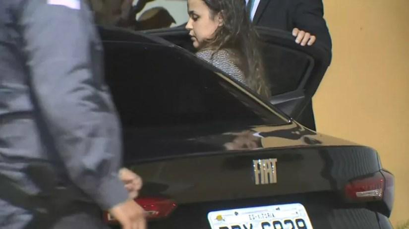 Prisão de Amanda Quinta, prefeita de Presidente Kennedy — Foto: Reprodução/TV Gazeta