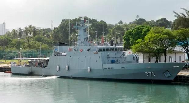 Navio-Patrulha Macau lançará flores ao mar em homenagem aos marinheiros mortos  (Foto: Divulgação/Marinha do Brasil)