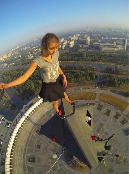 Selfie no alto de um monumento