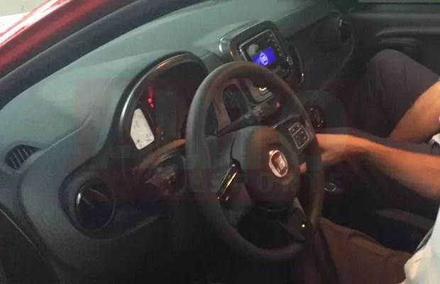 Interior do Fiat Mobi  (Foto: Tereza Consiglio/Autoesporte)