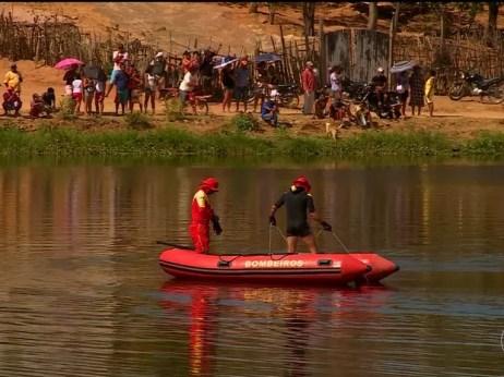 Bombeiros fazem busca no Açude Velho em Salgueiro (Foto: Reprodução/ TV Grande Rio)