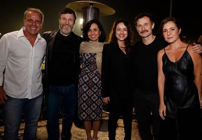 O diretor Marcus Figueiredo, Antônio Calloni, Fernanda Vianna, Manuela Dias, Enrique Diaz e Adriana Esteves (Foto: Ellen Soares / Gshow)