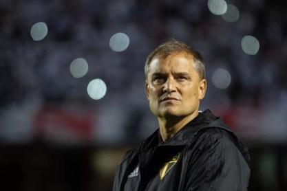 Diego Aguirre pode colocar seu time na liderança (Foto: Erik Teixeira/Estadão Conteúdo)