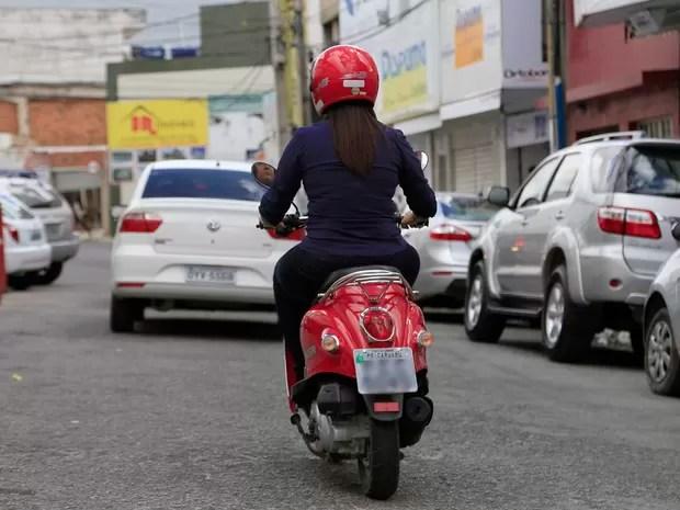 Emplacamento de cinquentinha em Caruaru, Agreste de Pernambuco (Foto: Rafael Lima/ PMC)