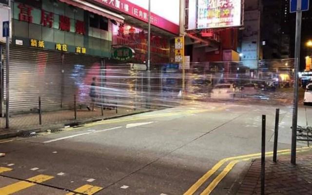 Barreiras de plástico transparentes em cruzamentos de Hong Kong — Foto: Reprodução/Facebook/Rennes DTR