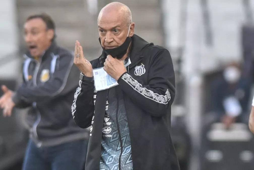 Jesualdo Ferreira durante a partida do Santos contra o Novorizontino — Foto: Ivan Storti/Santos FC