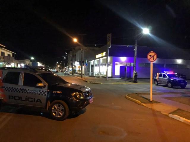 Ladrão arrombou janela de banco em tentativa de furto e fugiu em Campo Novo do Parecis (Foto: Portal Campo Novo)