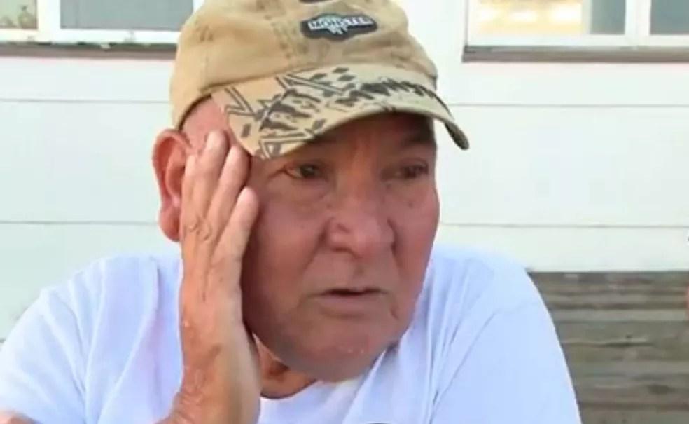 Avô da criança conta que foi avisado em casa sobre o que havia acontecido (Foto: Reprodução/RBS TV)