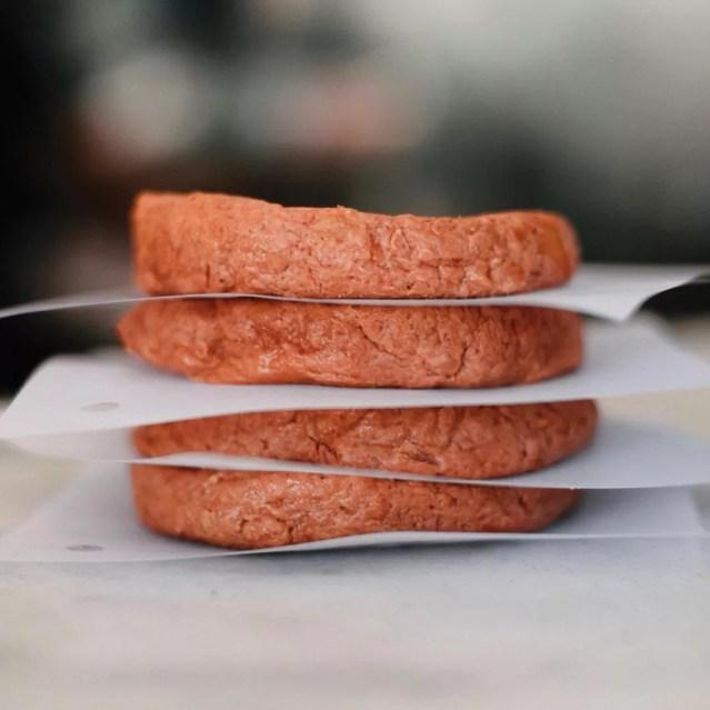 Futuro Burguer, hambúrguer feito de plantas, da empresa Fazenda Futuro (Foto: Reprodução/Instagram Fazenda Futuro)