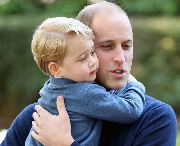 Príncipe William e o pequeno George (Foto: Getty Images)