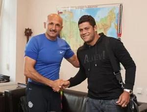Hulk é recebido por Luciano Spalletti no Zenit (Foto: Divulgação / Site oficial do Zenit)